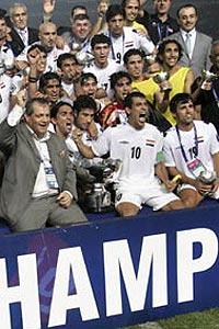 亚洲杯-尤尼斯头槌定乾坤伊拉克1-0沙特首捧冠军