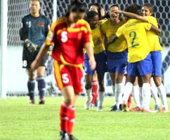 世界杯-玛塔爆发进球助攻双响炮中国0-4惨败巴西