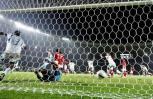 图文-[亚洲杯]沙特队2-1印尼队门将已无法挽回