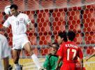 图文-[亚洲杯]伊拉克队VS越南队尤尼斯破门瞬间