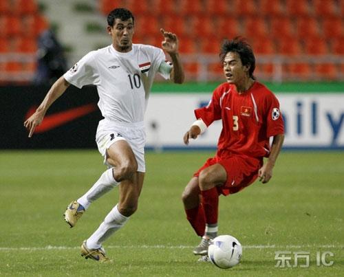 图文-[亚洲杯]伊拉克队VS越南队尤尼斯轻松突破