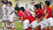 图文-韩国点球4-2伊朗晋级四强韩国众将团结一心
