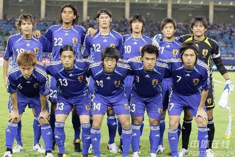 图文-[亚洲杯]日本VS沙特日本队首发阵容