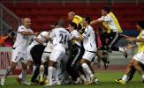 图文-伊拉克点球淘汰韩国进决赛疯狂拥抱庆祝