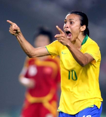图文-[女足世界杯]中国VS巴西玛塔怒吼庆祝