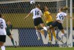 图文-[女足世界杯]澳洲VS挪威双方拼抢头球