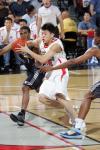 图文-[NBA夏季联赛]灰熊86-77中国刘晓宇尖刀插入