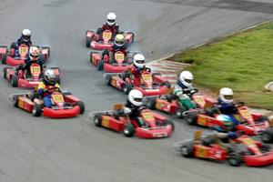 全国卡丁车赛第3站:近百人参赛过程堪比F1英国站