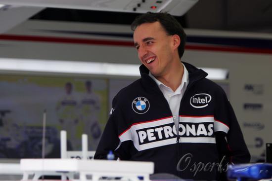 F1法国站周四围场即景库比卡与爱车约会