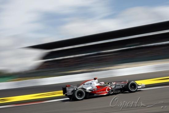 图文-F1欧洲站第二次练习阿隆索快如闪电