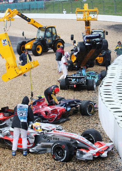 图文-F1欧洲大奖赛正赛这里成了赛车码头