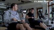 图文-阿隆索与汉密尔顿拍片剧照两人在健身房拼体力