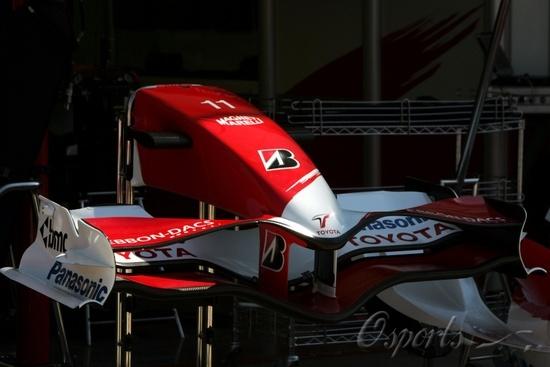 图文-F1车队备战匈牙利站丰田TF107的新前翼