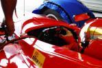 图文-A1GP07-08赛季官方试车李英健调试方向盘