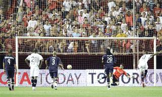 西超级杯-法比亚诺点球破门皇马客场0-1塞维利亚