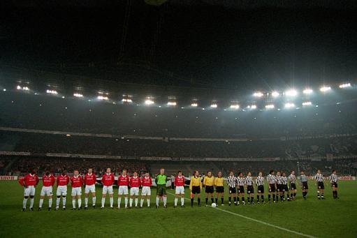 英超15年精华之98-99赛季:曼联三冠巅峰新明星涌现