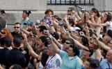 图文-皇马市议会广场庆祝夺冠要永远记下这一幕