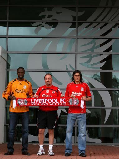 图文-利物浦介绍两大新援安菲尔德迎来新鲜血液