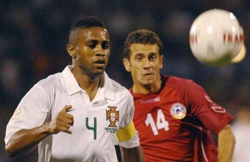 图文-[欧锦赛]亚美尼亚1-1葡萄牙如此搞怪的表情