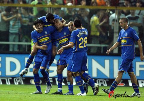图文-[意大利杯]帕尔马0-3尤文痛苦的尤文锋线双星