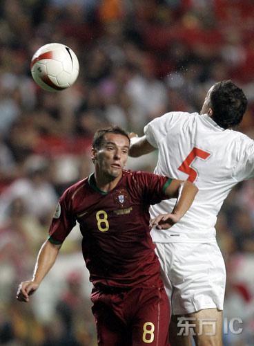 图文-[欧锦赛]葡萄牙VS波兰佩蒂特表现如此积极