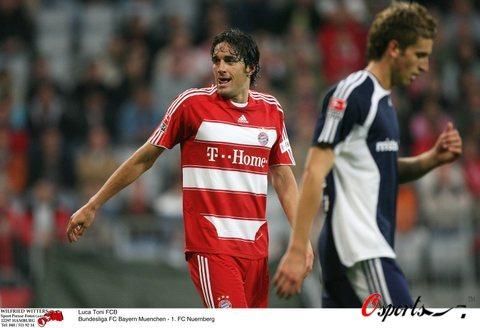 图文-[德甲]拜仁慕尼黑3-0纽伦堡托尼如此兴奋