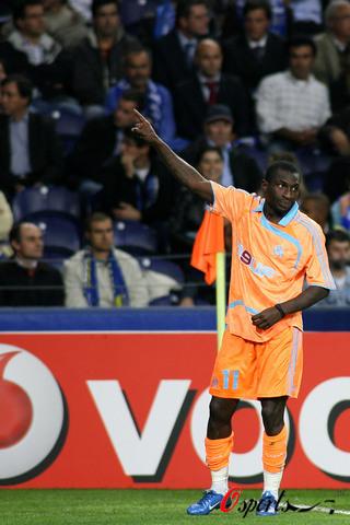 图文-[冠军杯]波尔图2-1马赛尼昂为马赛扳回一城