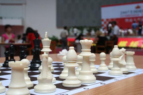 图文-国象联赛珠海赛会制最终轮赛场中的国际象棋