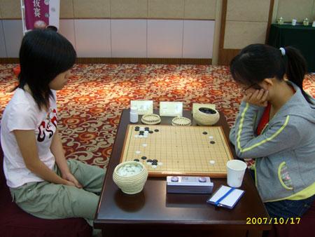 图文-女子国家队选拔赛第6轮领头羊范蔚菁争全胜