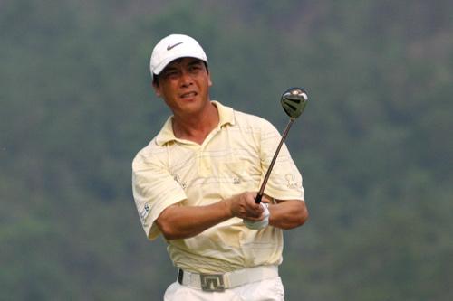 图文-中巡赛广州站第二轮结束张连伟冲上榜首位置