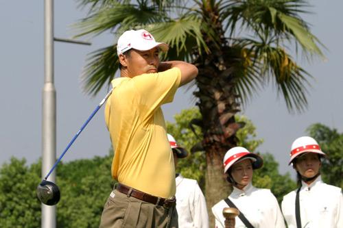 图文-中南分区赛男子组第一轮烟台高尔夫陈玉忠