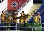 组图-球迷热情助阵日澳之战场边享受快乐足球