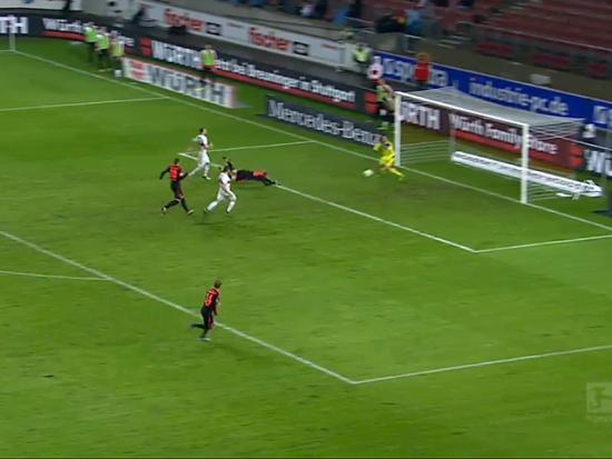 视频-双方上演头球大战 斯图加特2-1汉堡