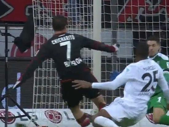 视频-基斯林头球埃尔南德斯双响 药厂3-0汉诺威