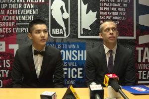 视频-专访吴亦凡舒德伟 NBA未来与中国联系更多