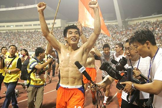 郑智两年44球为鲁能夺两冠核心功勋惟告别不完美