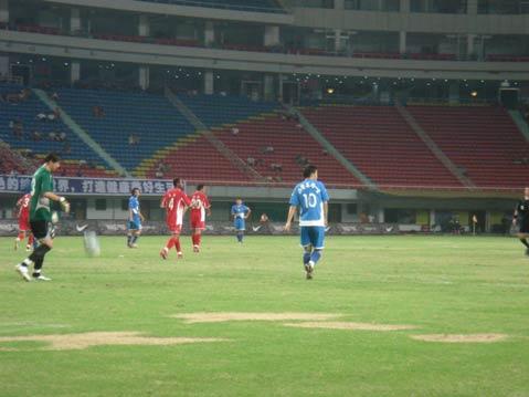 图文-长沙金德0-0厦门蓝狮陈涛替补上场回天无力