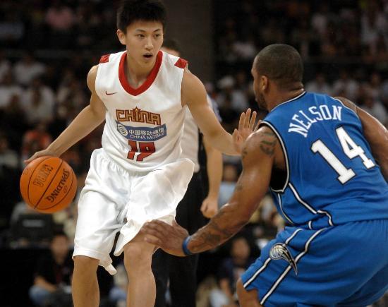 战魔术四小将争先表现谁是易建联之后的NBA第5人?