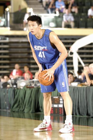 图文-孙悦篮球生涯回顾选秀训练营崭露头角