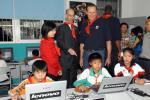 图文-[中国赛]NBA球星畅游上海老巴里看望小学生