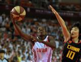 中古女篮对抗赛中国82-59古巴