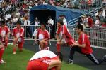 图文-[回归杯]中国联队2-0明星联队众国脚跃跃欲试