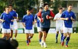 图文-[亚洲杯]乌兹别克备战首战训练经受酷暑考验