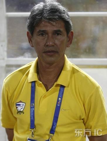 图文-[亚洲杯]泰国1-1平伊拉克差维特表情平静