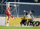 图文-[亚洲杯]中国队VS马来西亚韩鹏头球破门瞬间