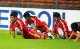 图文-国足抵达赛场适应训练国脚们期待胜利