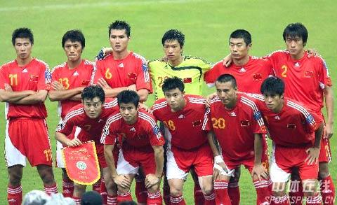 图文-[亚洲杯]国足VS乌兹别克国脚们眼中只有胜利