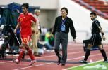 图文-[亚洲杯]中国队0-3乌兹别克朱广沪悄然退场