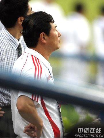 图文-国足亚洲杯小组赛黯然出局南勇未能见证希望