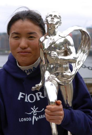 中国田径队驳不实传闻女子马拉松第一人必战世锦赛